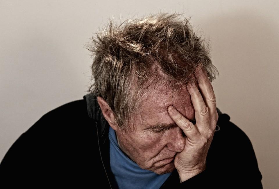 Segundo o último levantamento da Organização Pan-Americana de Saúde, há mais de 300 milhões de pessoas de todas as idades que sofrem de depressão no mundo.