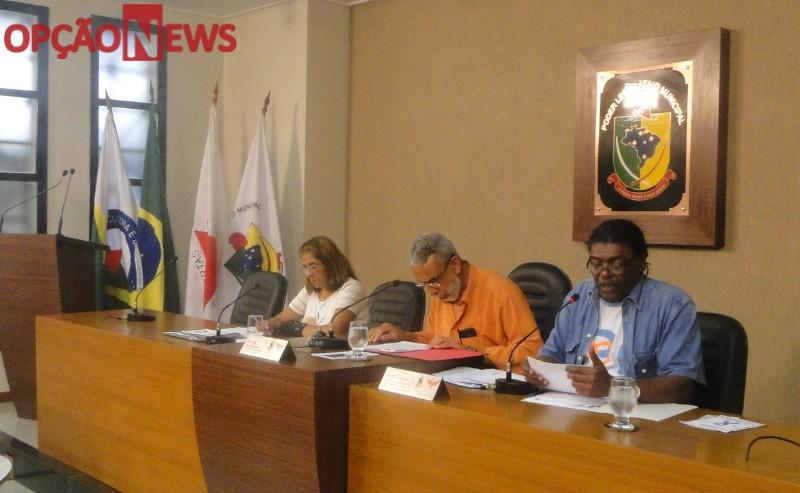 A reunião Ordinária do Projeto Parlamento do Idoso, realizada na quarta-feira (04), tratou questões que envolvem mobilidade urbana, saúde e fiscalização.